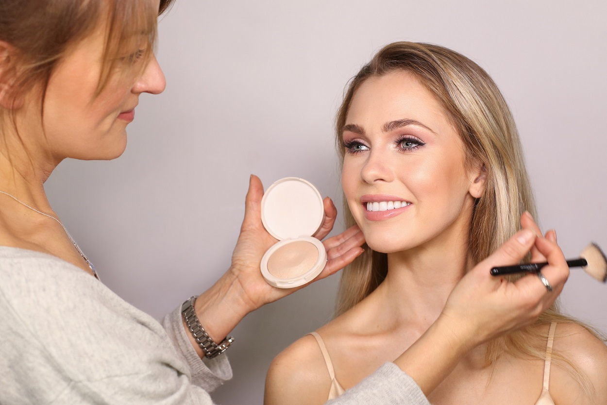Rosy-Toned Bridal Makeup Online Course